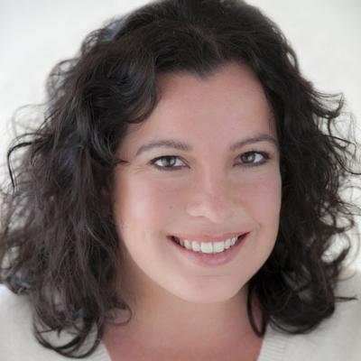 Rebecca Saenz
